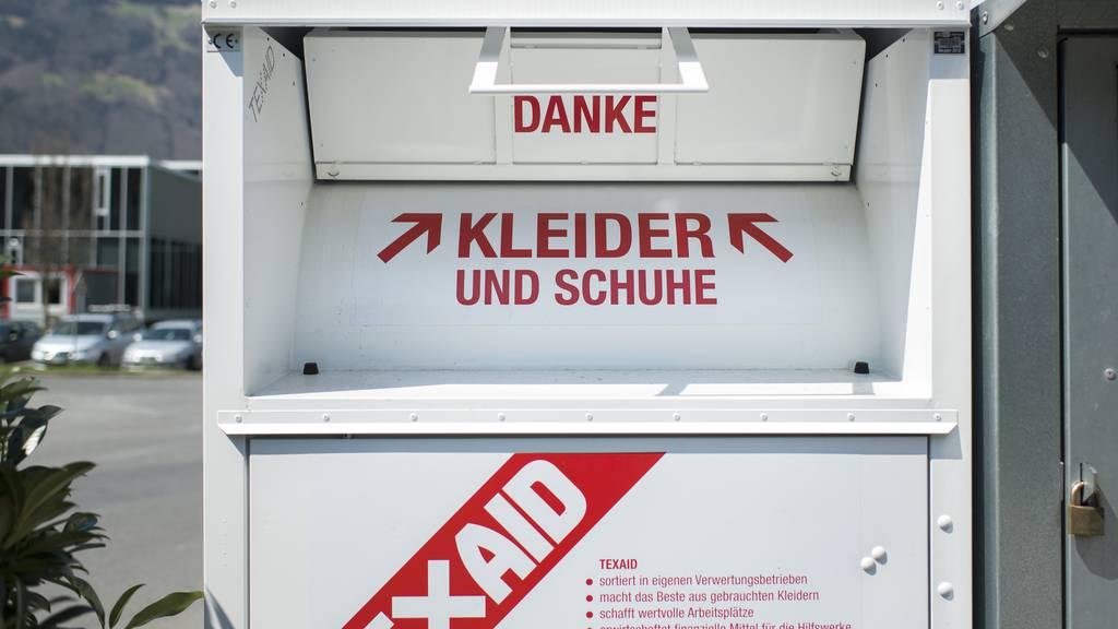 Ein Altkleidercontainer von TEXAID.