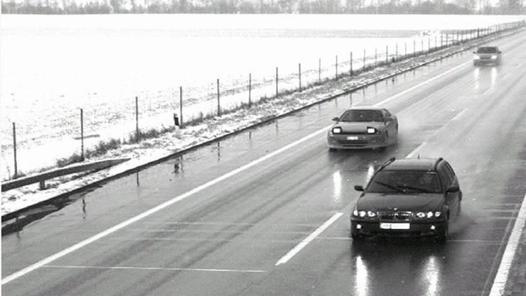 Die Schweizer Raser waren auf dem Weg zu einem Beschleunigungsrennen auf dem Flugplatz Lahr D. (Symbolbild)