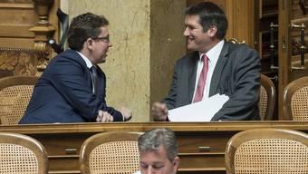 Gemeinsame Interessen: Parteipräsidenten Albert Rösti (SVP, l.) und Christian Levrat (SP).