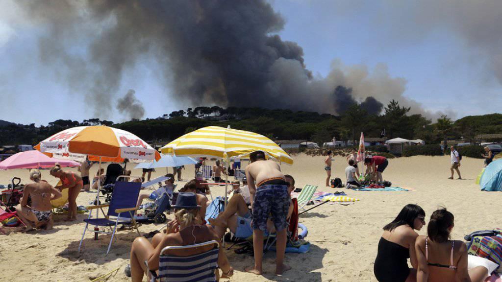 Rund 10'000 Menschen wegen Waldbränden in Südfrankreich evakuiert