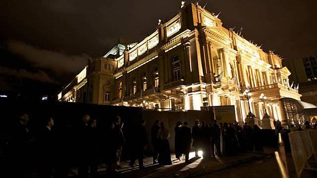 Blick auf das Opernhaus Teatro Colon