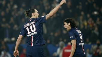 Ibrahimovic trifft drei Mal für PSG und schiesst seine Farben zum Sieg. Cavani freuts.