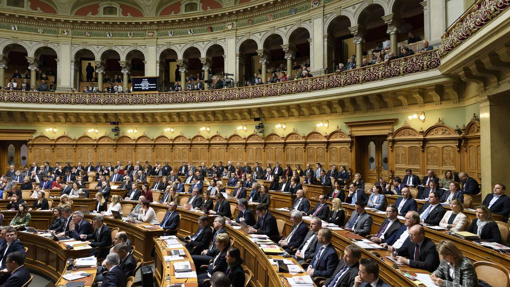 Parlament gegen ausserordentliche Session im April