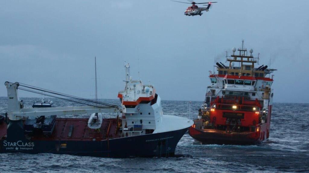 Frachter vor Norwegen gesichert - Ölverschmutzung abgewendet
