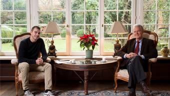 Auf einen Kaffee und ein Gespräch über die Geschichte der eigenen Familie: Konrad Stähelin (links) und Jenö Staehelin. Alex Spichale