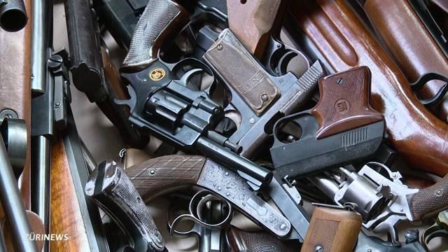 213 Waffen und 60 kg Munition