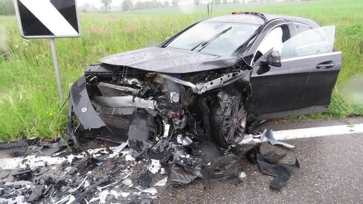 An den Autos entstand Totalschaden.