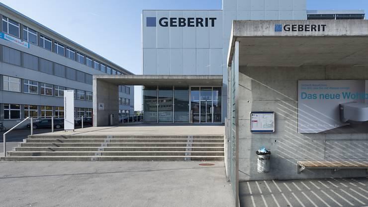 Der Sanitärtechnikkonzern Geberit wuchs 2017 im Heimmarkt Schweiz 3,7 Prozent (Bild: Hauptsitz in Rappersil-Jona SG)