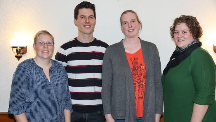 Die drei frisch ernannten Ehrenmitglieder Séverine Winter, Christoph Rehmann und Silvia Walker (v.l) sowie das neue Vereinsmitglied Tanja Pflugi.