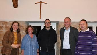 Gelebte Ökumene fördert rege Diskussion – Vertreter der römisch-katholischen und der reformierten Kirche Frick mit Wolfgang Müller (2. v. r.).