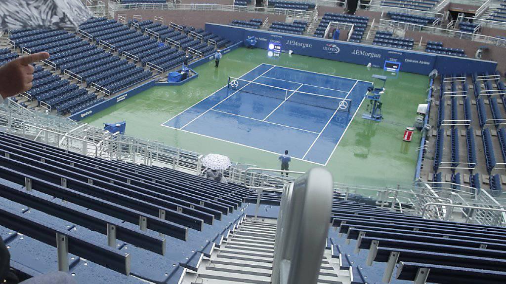Der Regen machte den Organisatoren am US Open in Flushing Meadows einen Strich durch die Rechnung