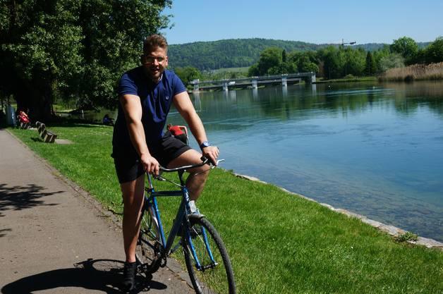 «Ich fahre bei schönem Wetter mit dem Fahrrad von Dietikon bis Schlieren entlang der Limmat zur Arbeit. In der Freizeit radle ich auch bis Zürich. Die Limmat gefällt mir, weil es hier sehr gemütlich und schön ist.»