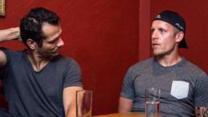 Interview mit den beiden Eishockeyspielern Marcel Jenni (links) und Reto von Arx.