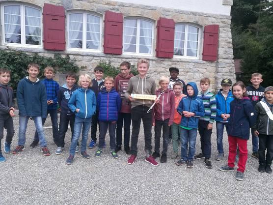 Moritz Brügger konnte als Sieger orginal Trommelsticks der Trommelgruppe TopSecrets entgegennehmen