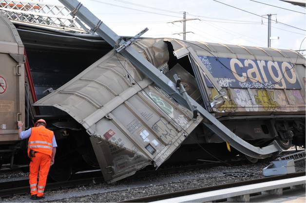 Güterwagen bei Ebikon entgleist