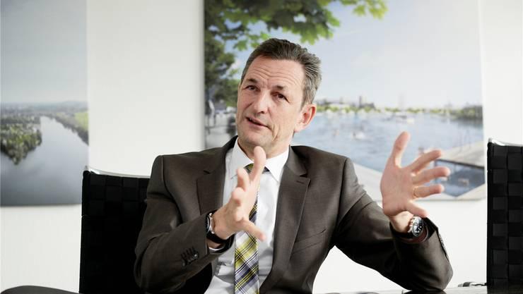 «Es sind meines Erachtens alle grösseren Projekte auf Stadtboden blockiert, da überall gezögert wird», sagt Immobilienentwickler Ivo Bracher.Hansjörg Sahli