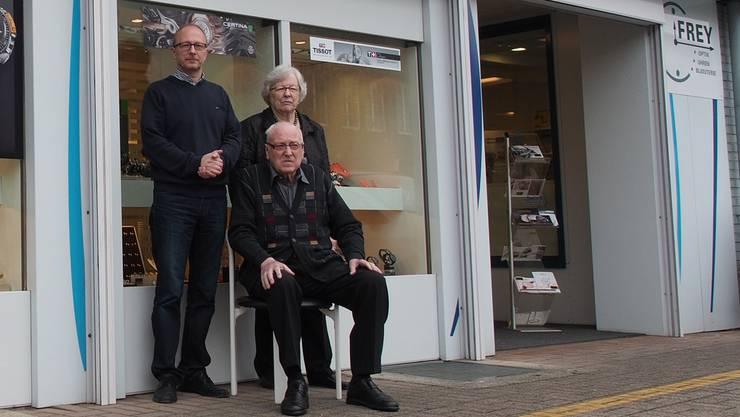 Inhaber Peter Frey (links) mit seinen Eltern Johann und Amalie Frey.
