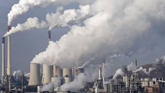 Klima belastendes Steinkohlekraftwerk im westdeutschen Scholven