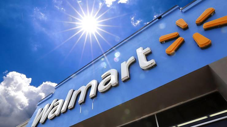 Dem Handelsstreit zum Trotz wird der US-Handelsriese Walmart für das Gesamtjahr sogar zuversichtlicher und hebt seine Gewinnprognose an. (Archiv)