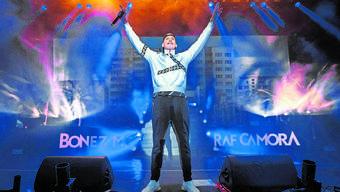 RAF Camora, hier bei einem Konzert in Bitterfeld, musste aus Sicherheitsgründen auf seinen Auftritt in Basel verzichten.