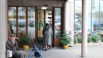 Stürmische Zeiten für die Verantwortlichen der beiden Alterszentren Bärenmatt in Bremgarten (Foto) und Burkertsmatt in Widen. sl