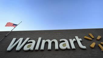 Der Walmart-Konzern hat sich am Donnerstag mit einem Vergleich bei den US-Behörden wegen Vorwürfen über Schmiergeldzahlungen freigekauft. (Archivbild)