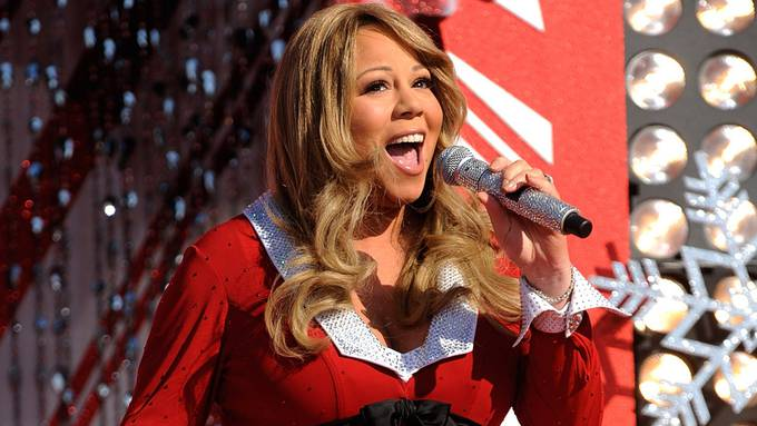 Mariah Carey Disney Christmas Day Parade