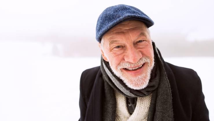 Die 70-Jährigen: Alltagshandlungen werden zur Kränkung, etwa, wenn das Portemonnaie schon wieder zu Boden fällt. (Symbolbild)