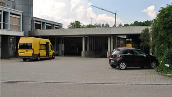 Neun Gemeinden werden künftig vom Post-Zustellzentrum in Frick beliefert; dort sind deshalb Umbauten geplant.