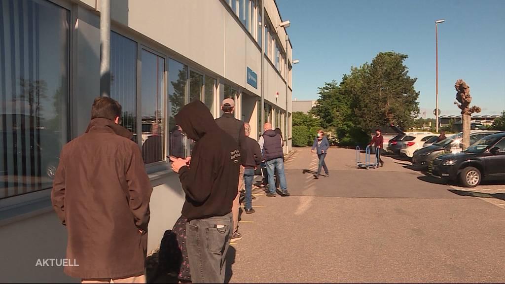 Deutsche Paketshops werden von Schweizern überrannt