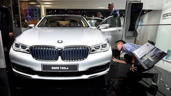 Der BMW 740Le an der Frankfurter Automesse IAA Mitte September.