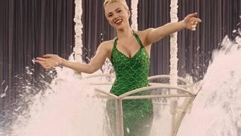 """Filme mit Scarlett Johansson - hier in einer Szene aus """"Hail, Caesar!"""" -  haben 2016 weltweit am meisten Geld in die Kinokassen gespült. (Archivbild)"""