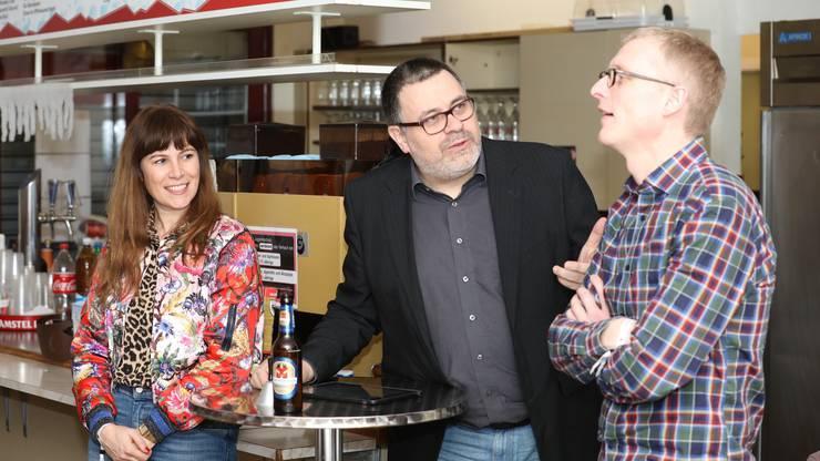 FCA-Medienchef Conoci (Mitte) im Gespräch mit Barbara Terpoorten und Martin Ostermeier