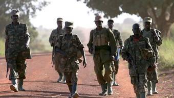 Ugandische Soldaten (Archiv)