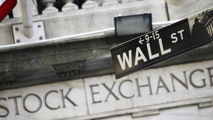 Der angeklagte Händler soll 20110 an der Wall Street mit einer Manipulation fast eine Billion Dollar an Marktwert ausgelöscht und dabei einen Gewinn von 40 Millionen Dollar eingestrichen haben.
