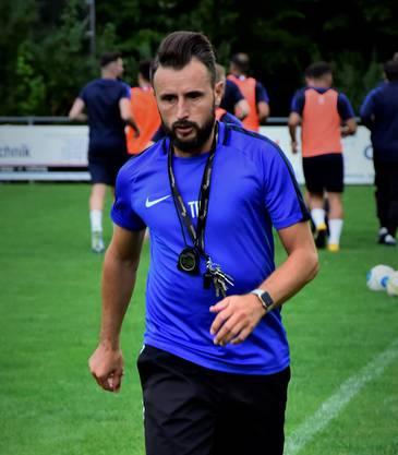 Trainer Cimran Kurtisi.