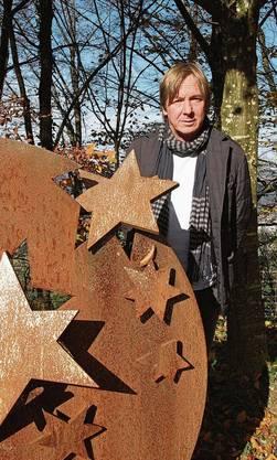Daniel Waldners Skulptur auf dem Friedhof Äsple in Kaisten erinnert an die Sternenkinder.