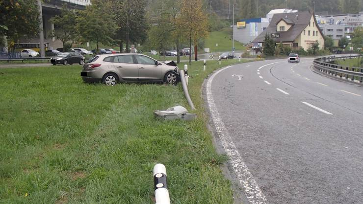 In Neuenhof kam ein Autofahrer von der Autobahn ab.