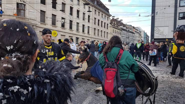 Der Einsatz von Pferden am Fasnachtsumzug gibt in Basel immer wieder zu Diskussionen Anlass.