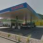 Der Tankstellenshop bei der Tamoil-Tankstelle an der Hauptstrasse in Frick wurde von zwei Männern ausgeraubt.
