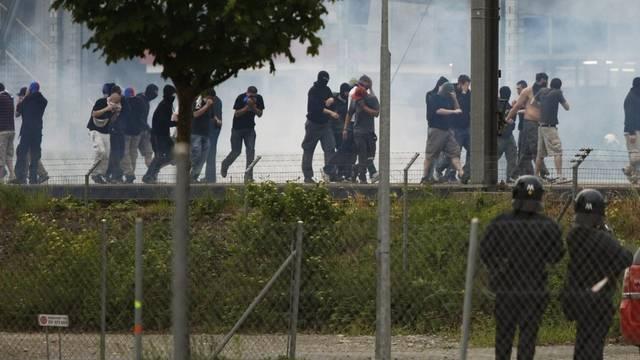 Den Hooligans drohen vor Gericht Geldbussen und Stadionverbote (Symbolbild)