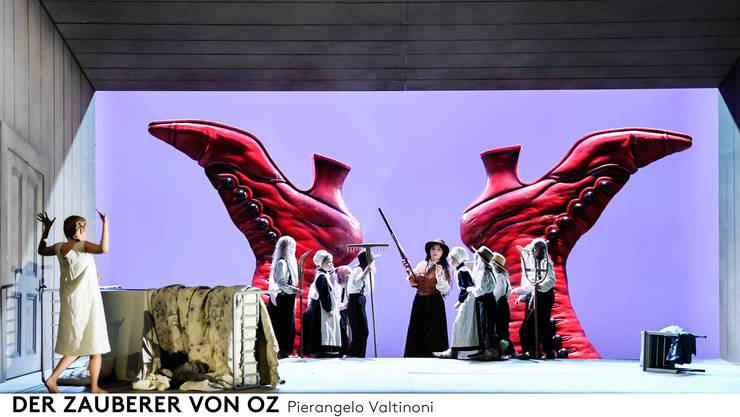 Dorothy und die Schuhe: «Warum sind die so gross?» Opernhaus Zürich