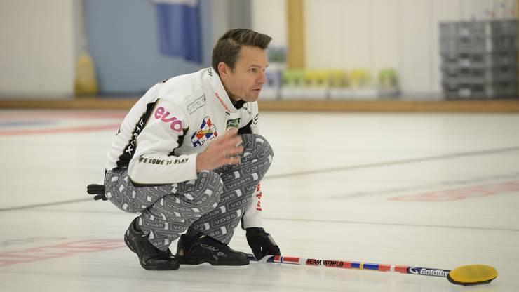 Schwedens Skip Niklas Edin gegen Norwegen.