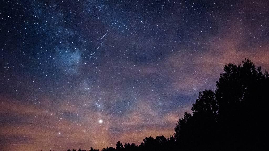 Sternschnuppen Nachthimmel