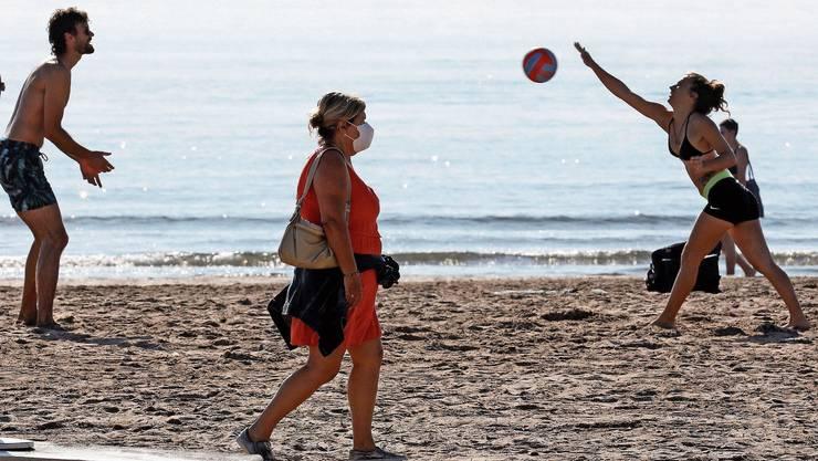 Sommerferien am Strand werden immer wahrscheinlicher.