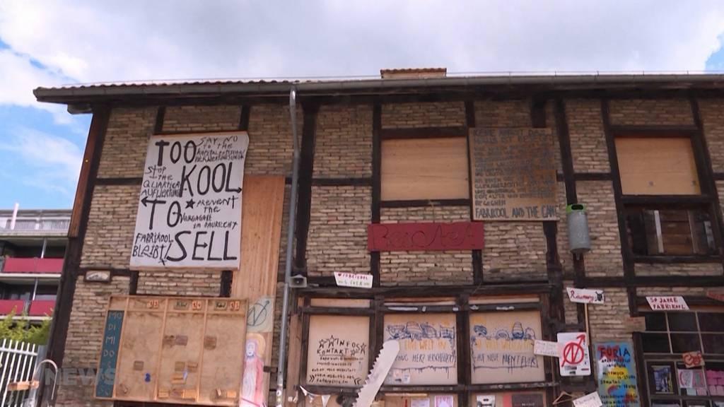 Fabrikool bleibt weiterhin besetzt