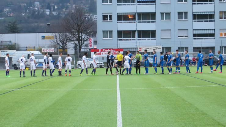 FC Stein / weiss    FC Frenkendorf  / blau