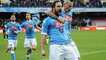 Dafür liebten ihn Napolis Fans noch, als Gonzalo Higuain im hellblauen Dress traf. Nun spielt er für den verhassten Rivalen Juventus