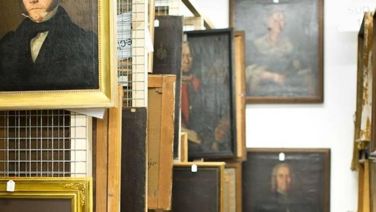 35'000 Objekte lagern im Archiv des Historischen Museums Thurgau. Jedes einzelne muss von den möglicherweise vorhandenen Asbest-Fasern gereinigt werden.