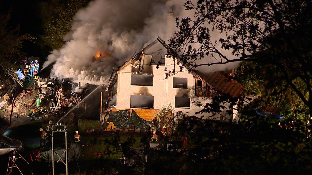 Sechsköpfige Familie verliert bei Brand ihr Zuhause